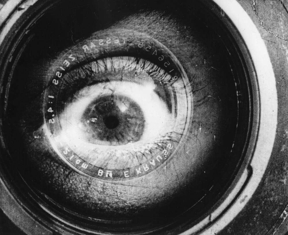 """imagem do filme """"o homem com uma câmera"""" de Dziga Vertov"""