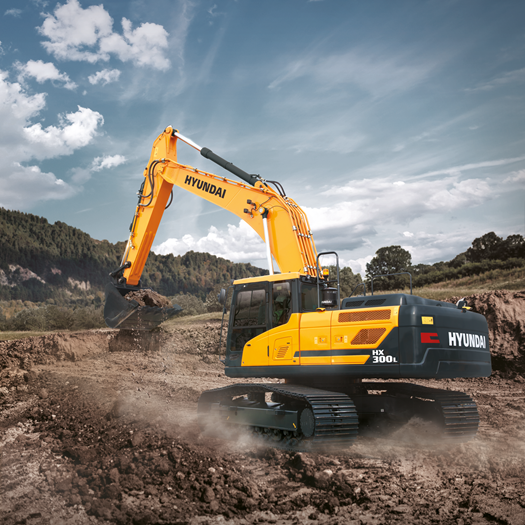 hx300l-hyundai-crawler-excavator-in-the-