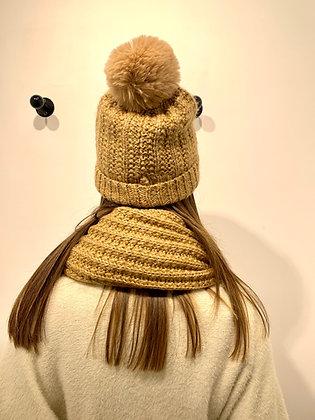Bonnet lamé camel à pompon
