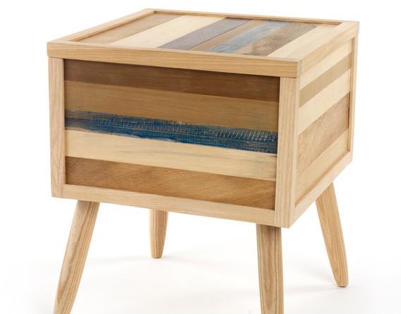 reclaimed wood stook