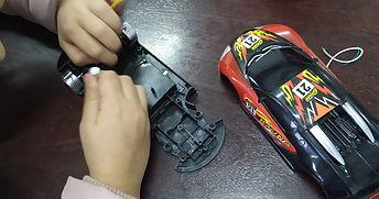 desmontaje de juguetes (2).jpg