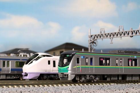 東京メトロ千代田線16000系(5次車)_diorama_常磐線.jpg