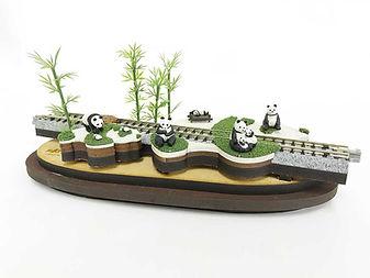 panda-diorama.jpg