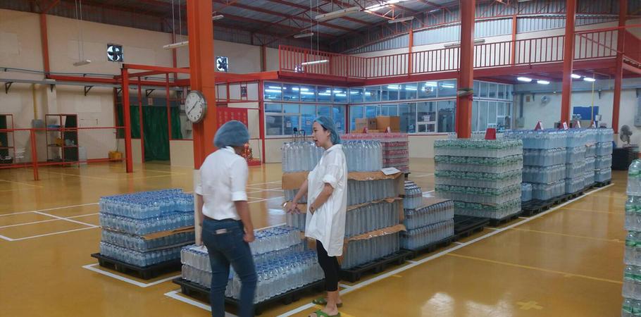 ลูกค้าเยี่ยมโรงงานผลิตน้ำดื่ม Lifeplus Water