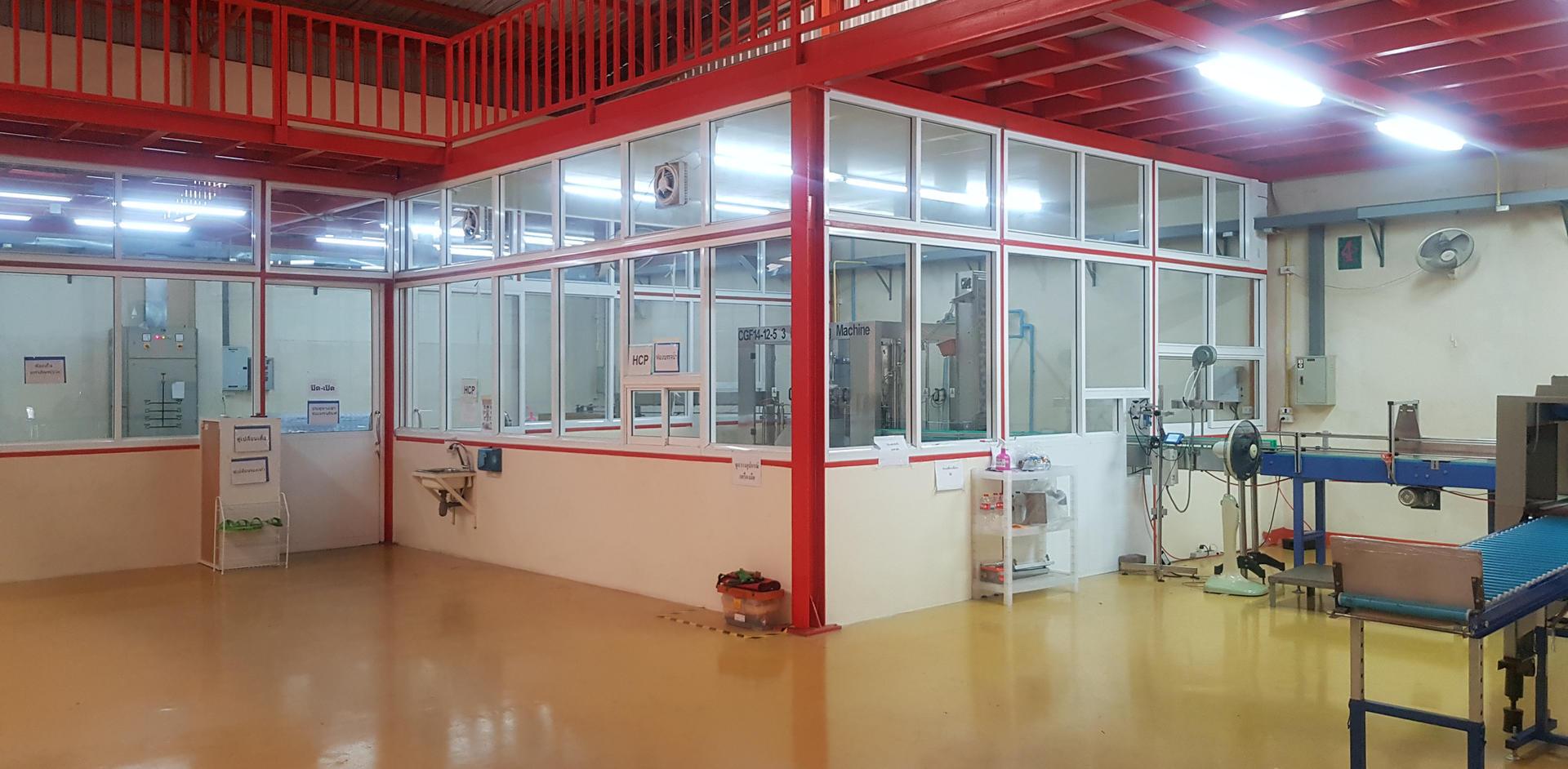 ห้องผลิตน้ำดื่ม โรงงานน้ำดื่ม Lifeplus Water