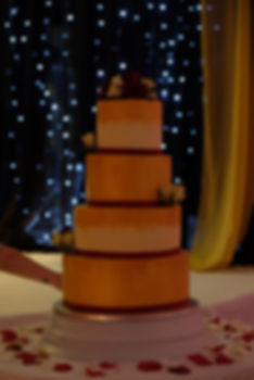 gold paint 4 tier weddin cake