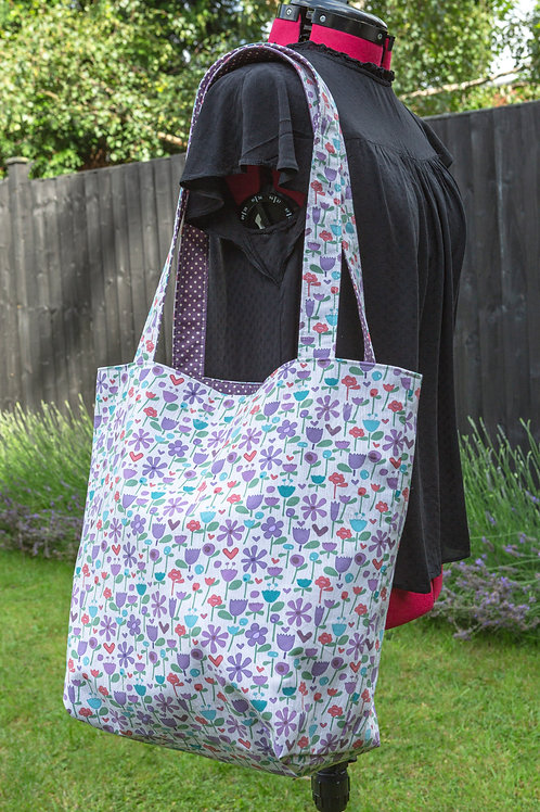 Handmade Floral Reversible Tote Bag + 2x Matching Water Resistant Picnic Mats