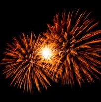 IB2019APR006_Firework Burst_IMG_3786_wat
