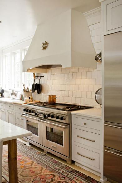 f-kitchen-004-686x1030.jpg