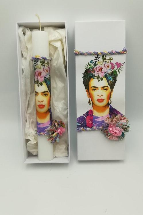 Λαμπάδα με χοντρό κερί Λευκό και ντεκουπάζ με συσκευασία κουτιού Frida A