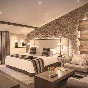 Junior-Suite_hotellesarmures_geneve-1_ed
