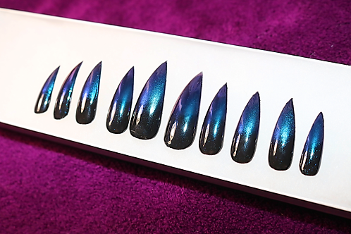 Ombré Black Chameleon Stiletto Press-On Nails