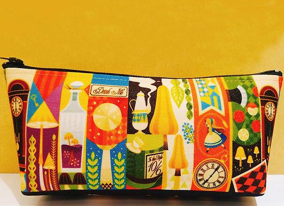 0313 | 「虹之森 台灣初個展」  筆袋 - 不可思議世界【d/art獨家】