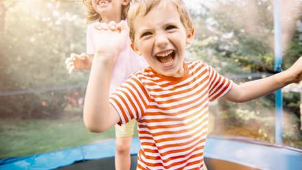 """""""Pas assez ci"""", """"trop ça"""": apprenons à aimer les défauts de nos enfants!"""
