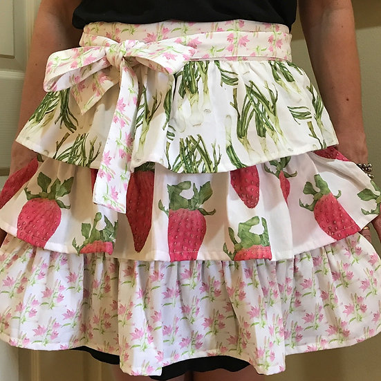 Vintage Inspired Ruffled Apron