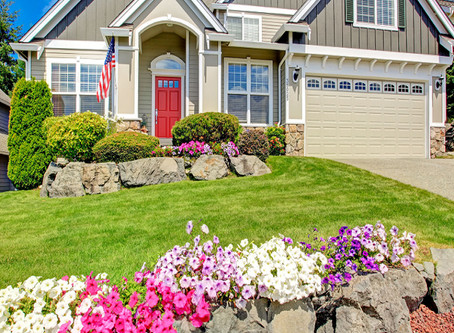 Summer is there!! Some tips for landscaping during the FUN season
