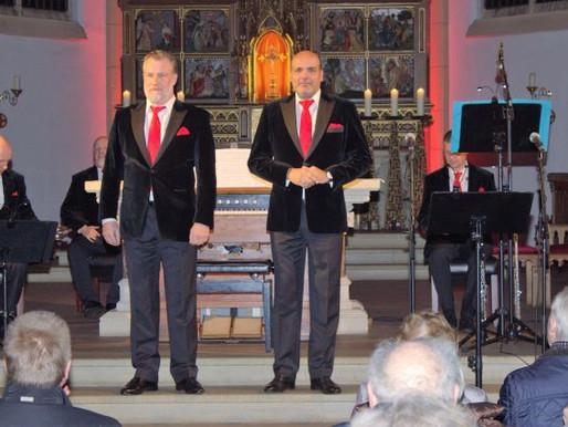 Marshall & Alexander begeistern Publikum mit weihnachtlichen Beiträgen
