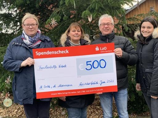 """Weihnachtsmarkt bringt 500 Euro für """"Familien in Not"""""""