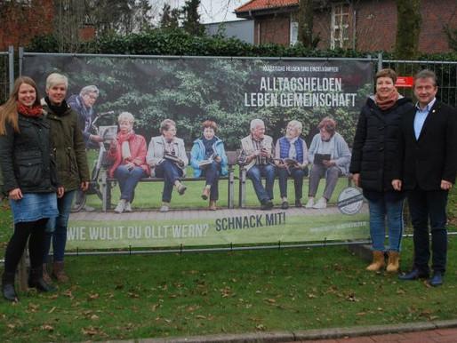 selbstgestALTER rufen mit Plakaten zur Mitarbeit auf