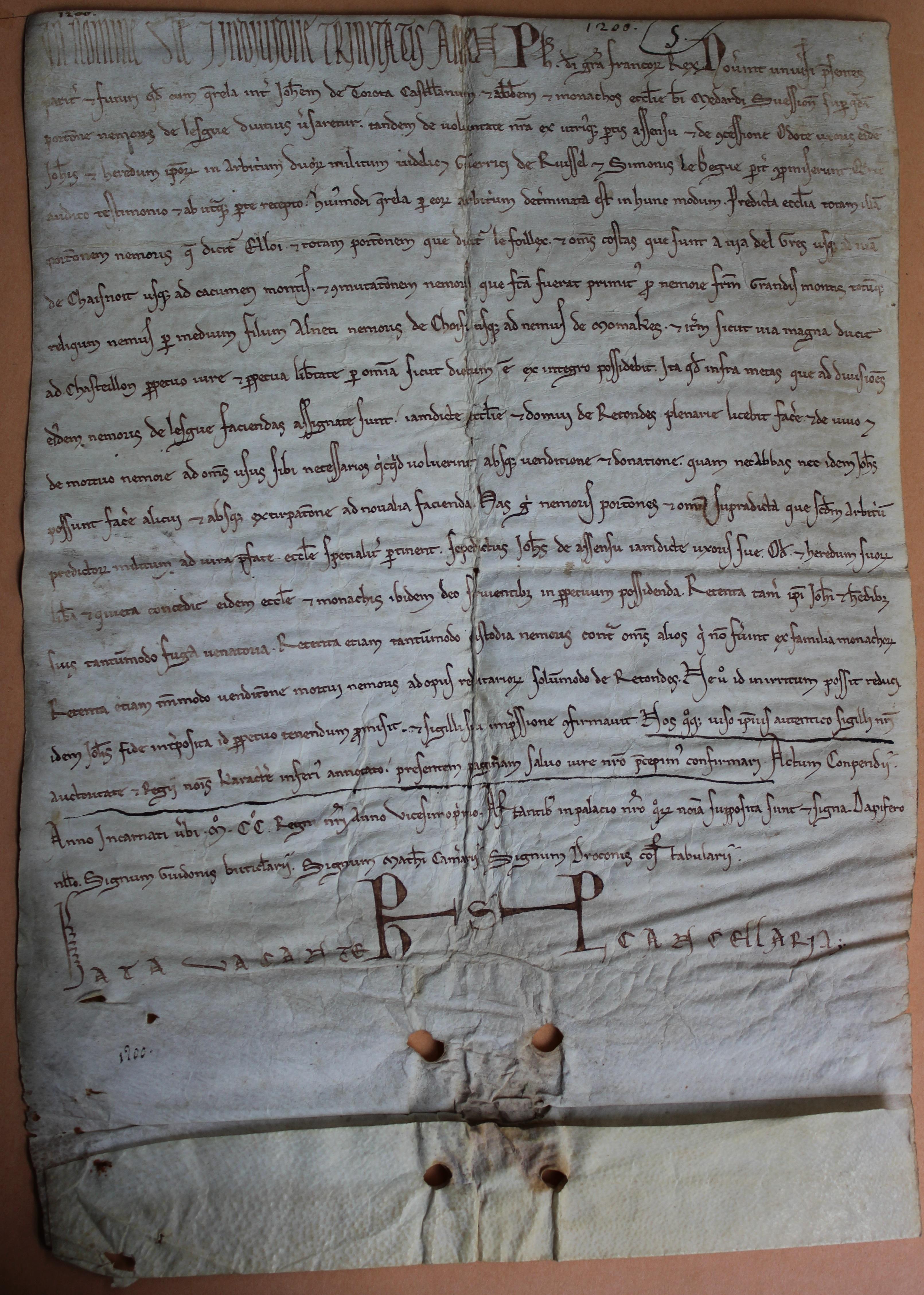Charte_de_Philippe_Auguste_pour_Saint_Médard_de_Soissons_1200