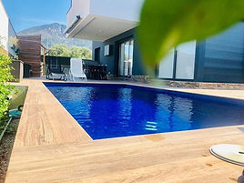Construcción de piscinas en Girona - Roses.