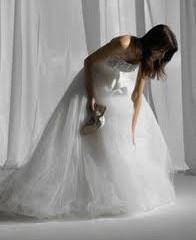Estás pensando en lavar tu vestido de novia?
