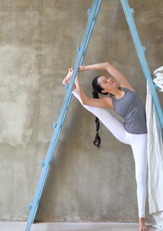 Riana at ladder.jpg