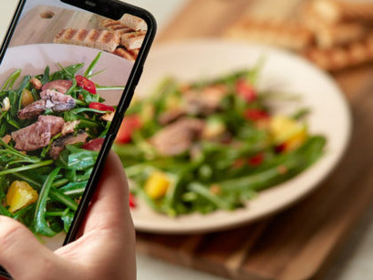 How Technology Can Enhance The Dining Experience For Those Residing In Care Homes