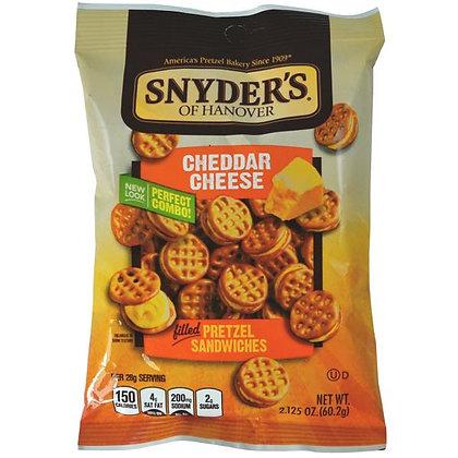 SNYDER'S PRETZEL SANDWICHES - CHEDDAR CHEESE DA 60 G