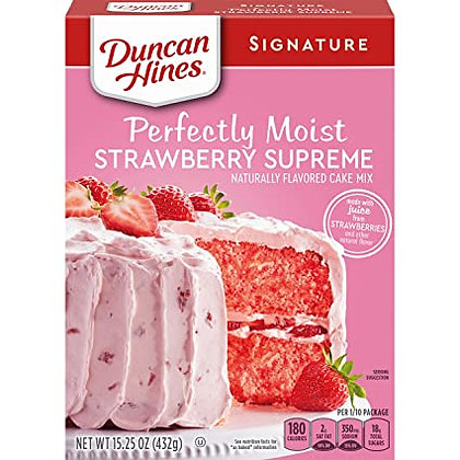 DUNCAN HINES SIGNATURE PERFECTLY MOIST STRAWBERRY SUPREME CAKE MIX