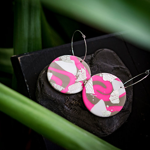Flamingo Jazz - Hand made disk earrings in polymer clay