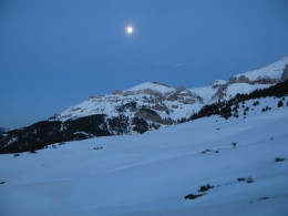 Experiència inoblidable sota la lluna plena al cor de la Serra del Cadí