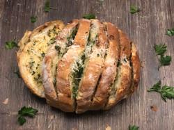 Seasars Garlic Cob