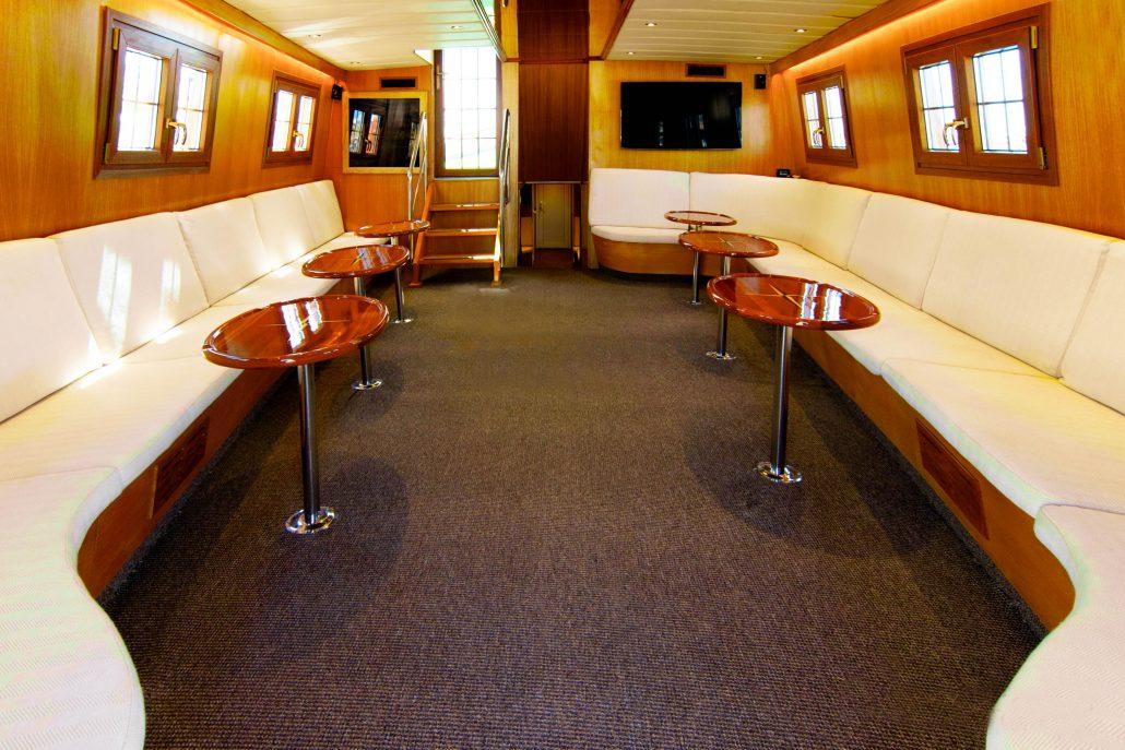 MS4 lounge