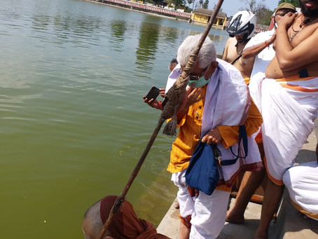 Grand ritualistic receiption in Sri. Rajagopalaswami Temple Mannargudi to Sri Sri Periyava