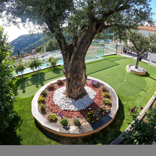 PUTTING GREEN MONACO