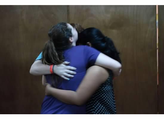 24_hugs_and_kisses