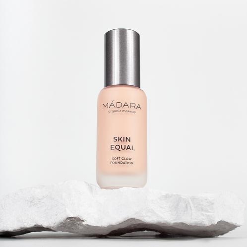 Mádara Skin Equal foundation - 30 Rose Ivory