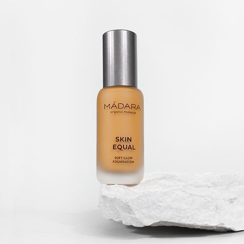 Mádara Skin Equal foundation - 60 Olive