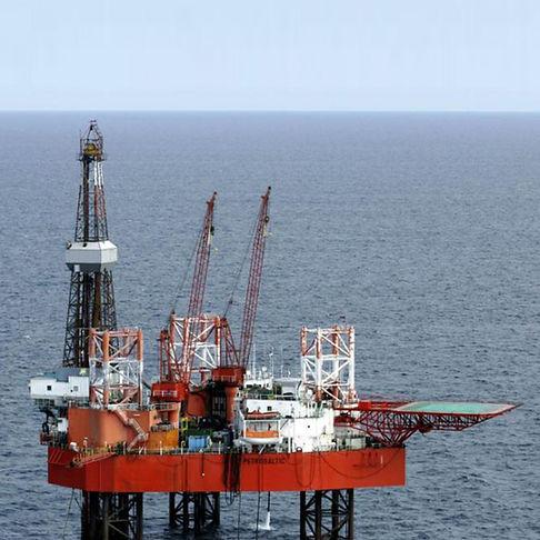 Petrobaltic-rig-conversion-project-livin
