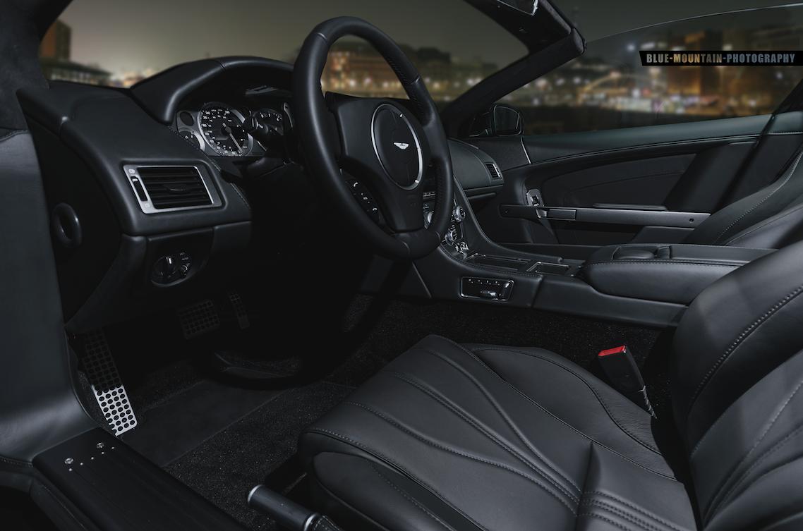 Aston-Martin-DB9 6