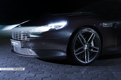 Aston-Martin-DB9 4