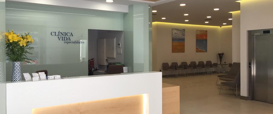 RECEPCIÓN_Clinica Vida, Cardióloga Vigo