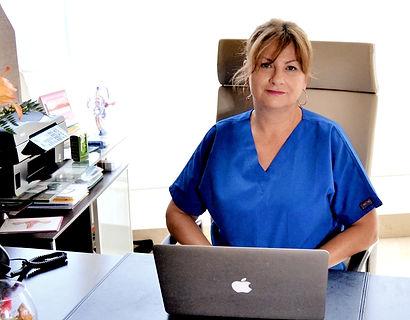 Dra. Gabriela Bravo, ginecóloga en Vigo.
