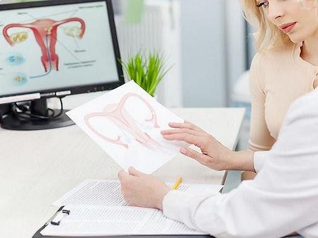 Dra. Gabriela Bravo, ginecólogos Vigo.jp