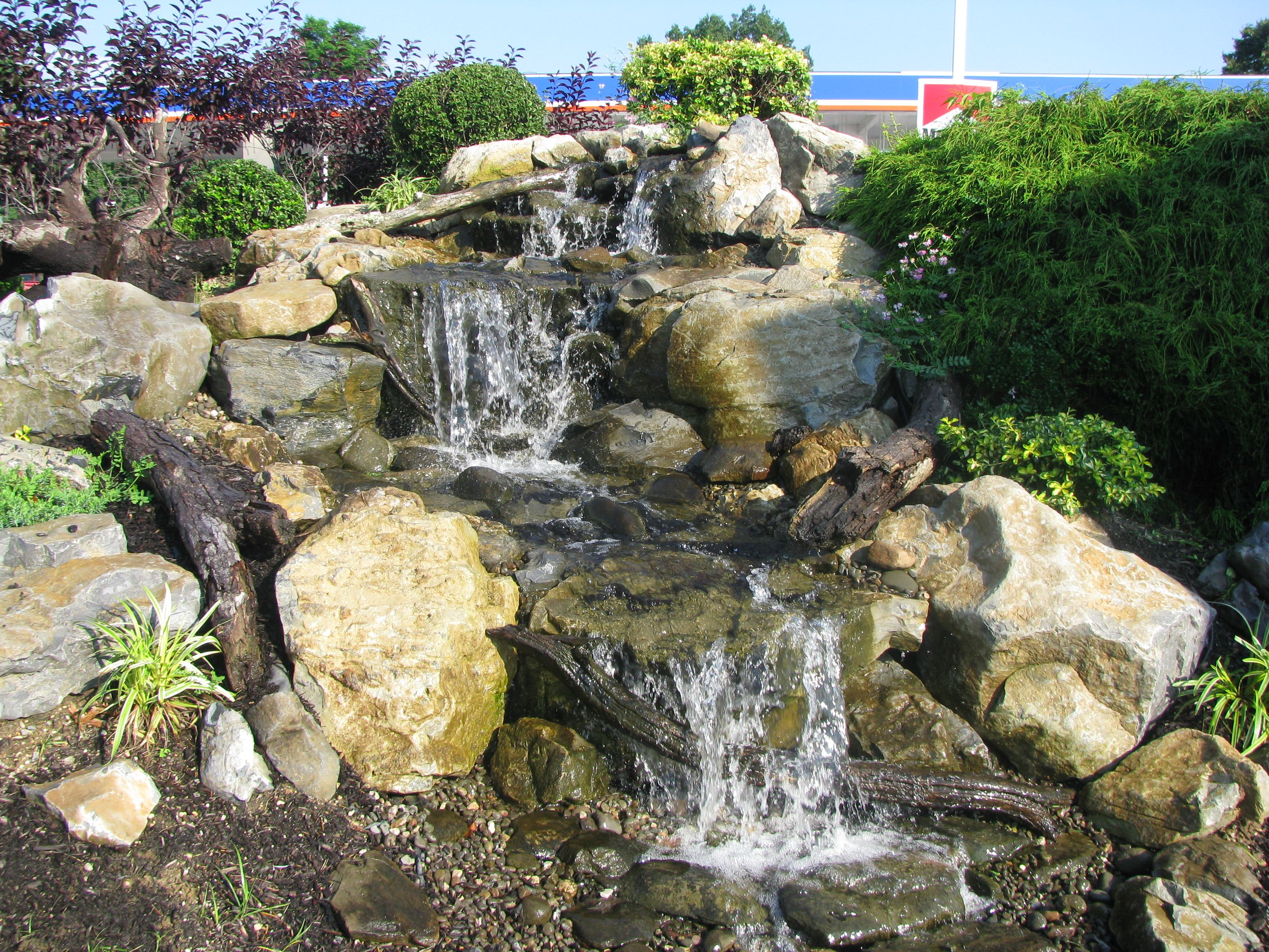 display water feature 56 m.
