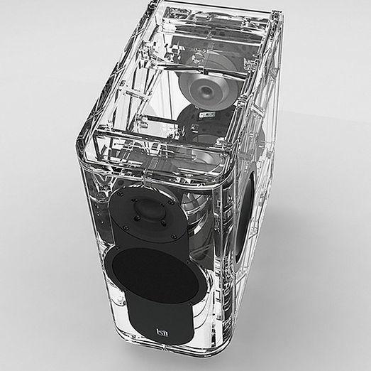 Les Kii Three forment un système audiophile complet.