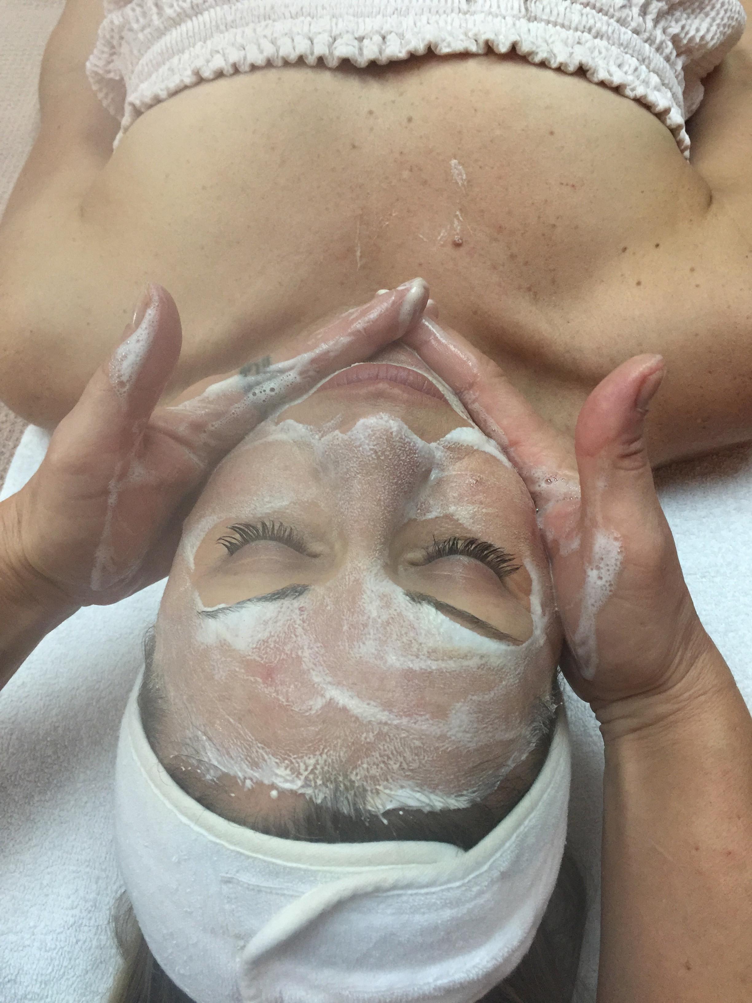 Skin Savvi Facial $95