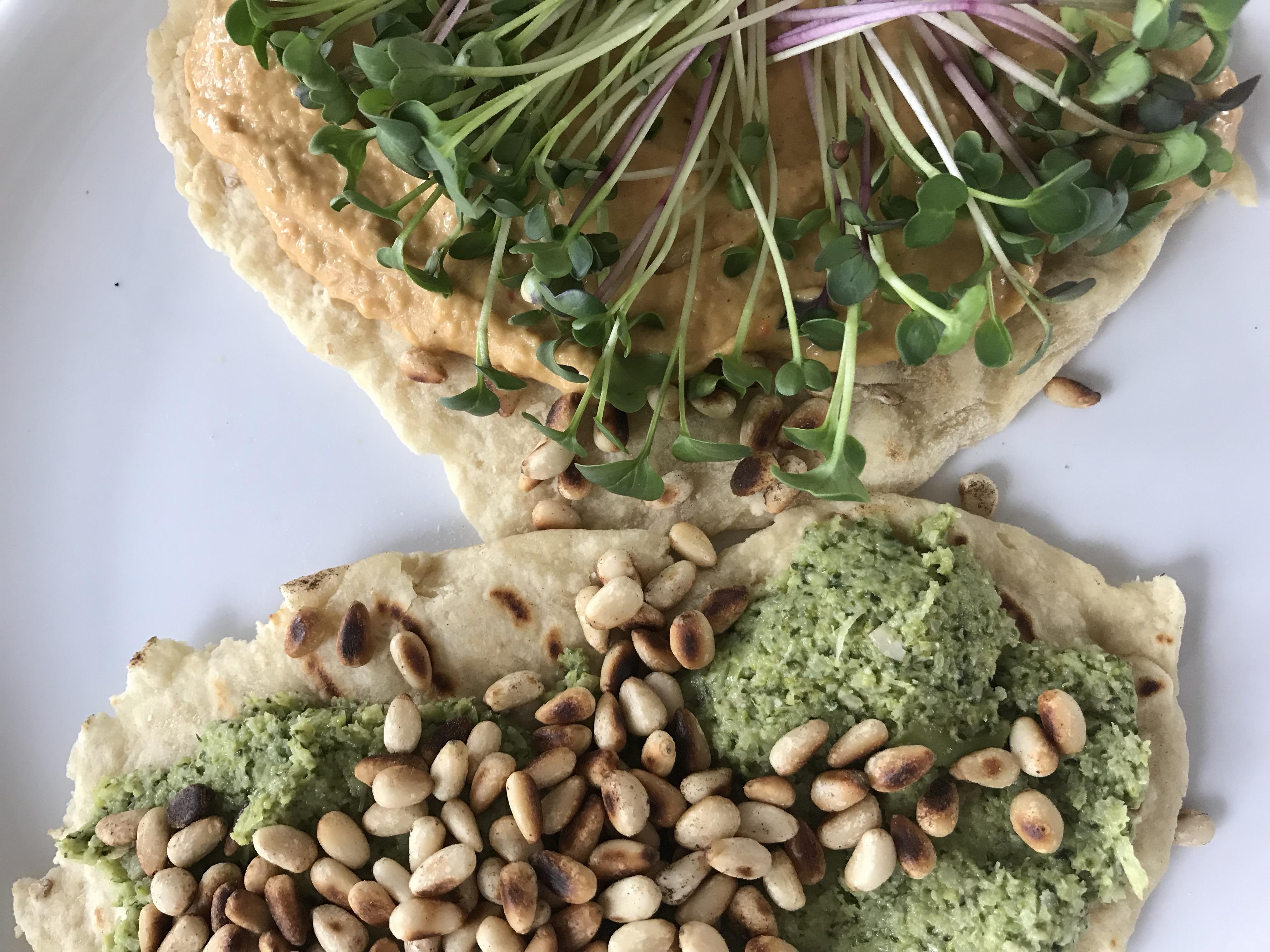 met broccolipesto en hummus