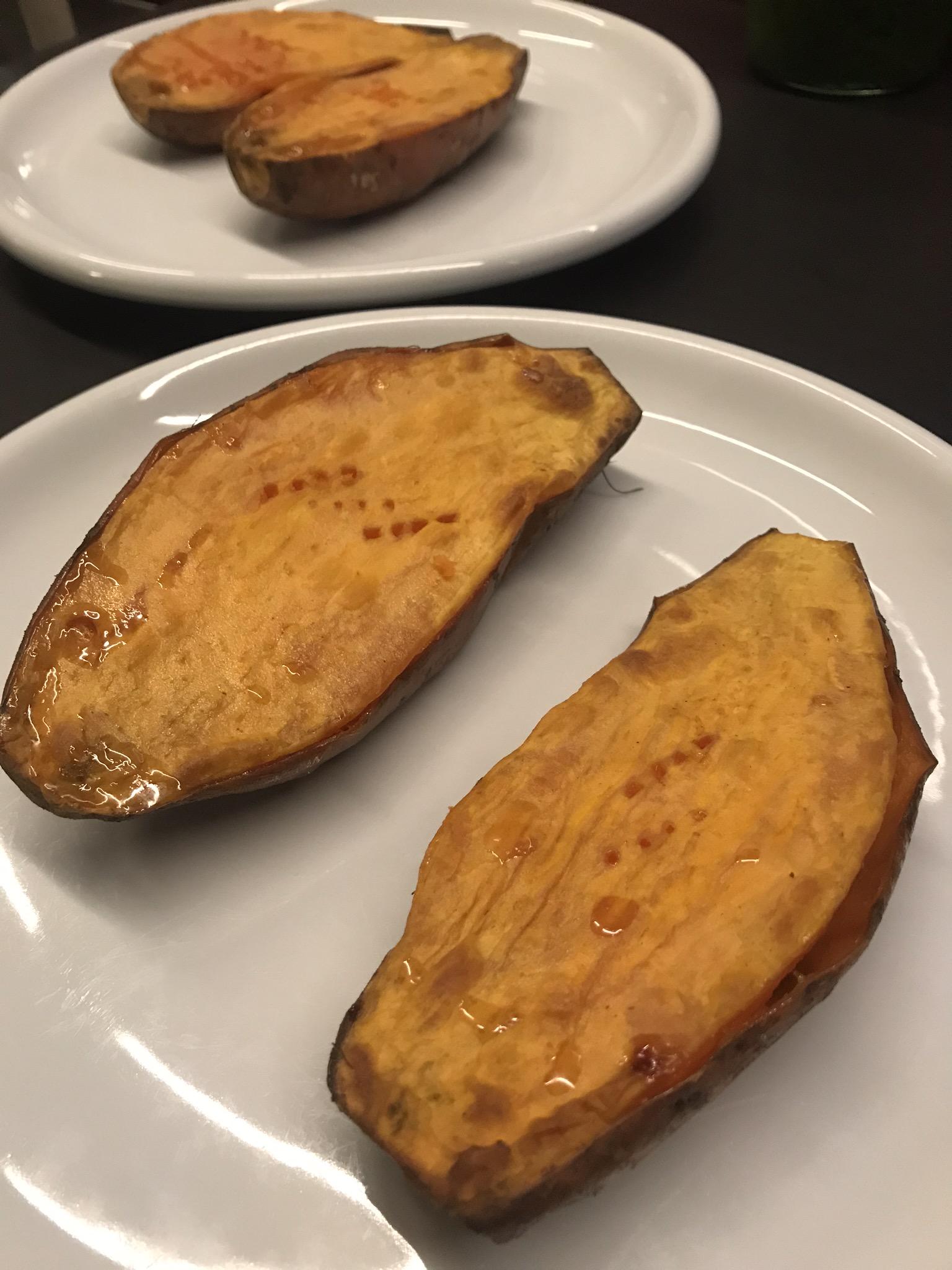 de gebakken zoete aardappels